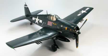 Starboard front quarter view of Hobby Master HA0301 - 1/22 scale Grumman F6F-5 Hellcat VF-15 US Navy diecast aircraft model. www.armchairaviator.com.au