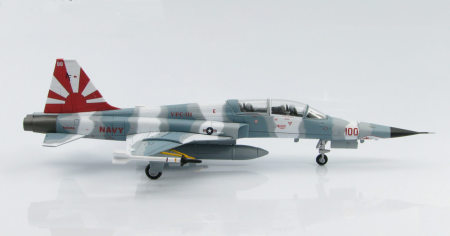 Hobby Master HA3350 - 1/72 scale F-5E Tiger II diecast model aircraft of 840456/AF 100, VFC-111 Sundowners, Naval Air Station Key West, Florida, 2008. www.armchairaviator.com.au