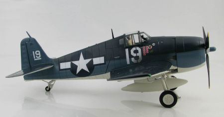 Starboard side view of Hobby Master HA0302 - 1/32 scale Grumman F6F-5 Hellcat VF-6 US Navy diecast aircraft model. www.armchairaviator.com.au