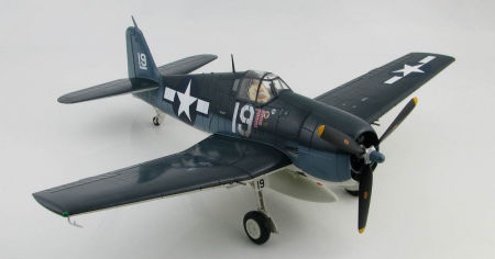 Starboard front quarter view of Hobby Master HA0302 - 1/32 scale Grumman F6F-5 Hellcat VF-6 US Navy diecast aircraft model. www.armchairaviator.com.au