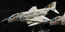 "Air Commander AC1002 - 1/72 scale McDonnell Douglas F-4B Phantom II Diecast Aircraft Model,  VF-21""Freelancers"", NE 101, USS Midway USN, MiG Killer 1965."
